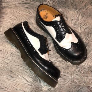 Dr martens tuxedo brogue shoes wing tips